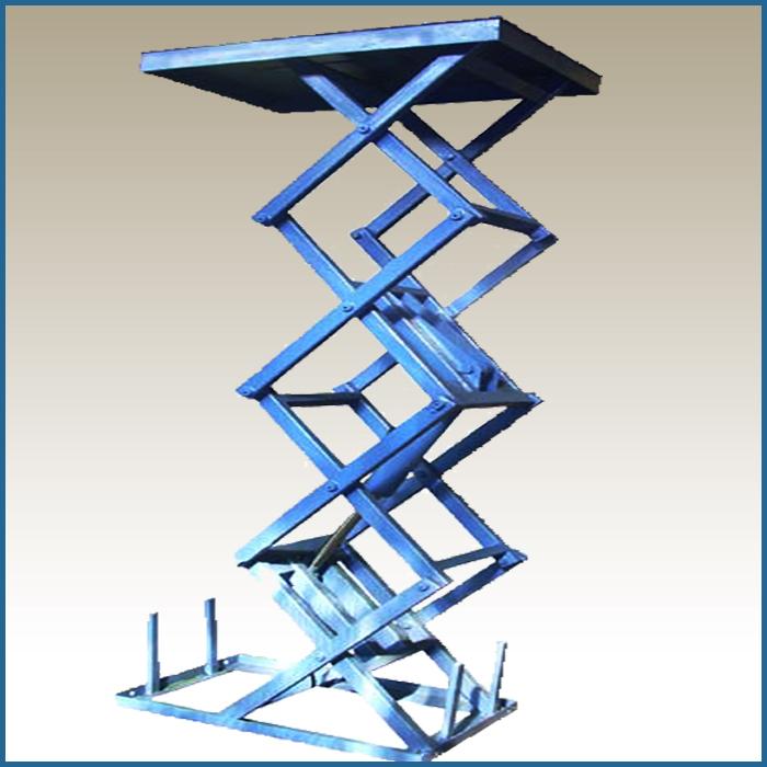 подъемный стол с четырьмя вертикальными парами ножниц