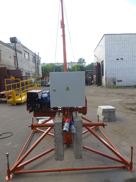 Кран Пионер разборный 500 кг для установки на перекрытии или крыше здания