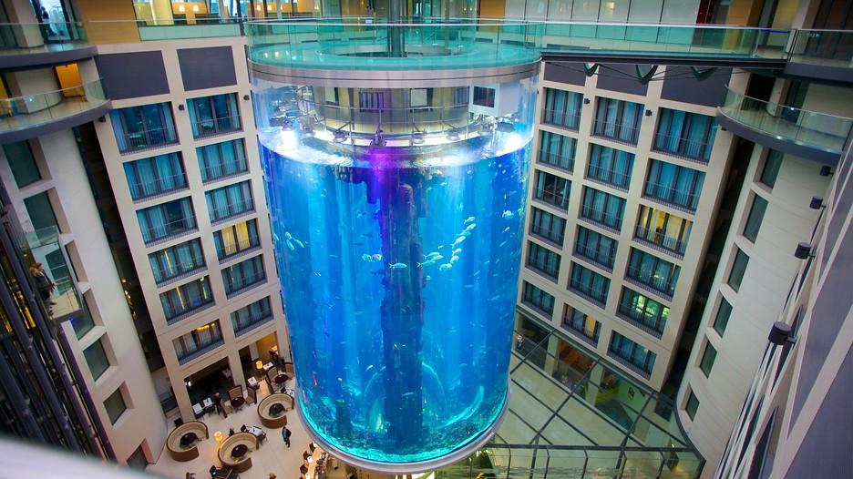 Лифт АкваДом установлен Германия. Берлин - отель Radisson Blu