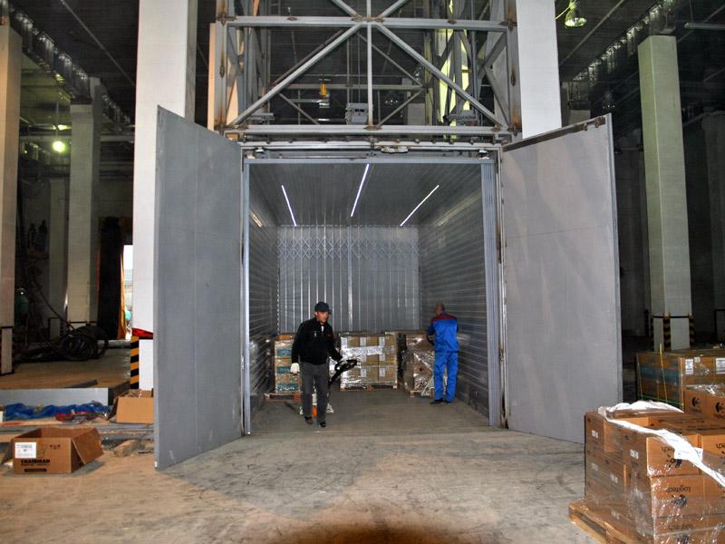 Грузовой подъемник для складского комплекса ОЛДИ