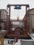 Двухмачтовый подъемник с большой грузовой платформой