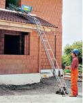 Наклонный строительный подъемник